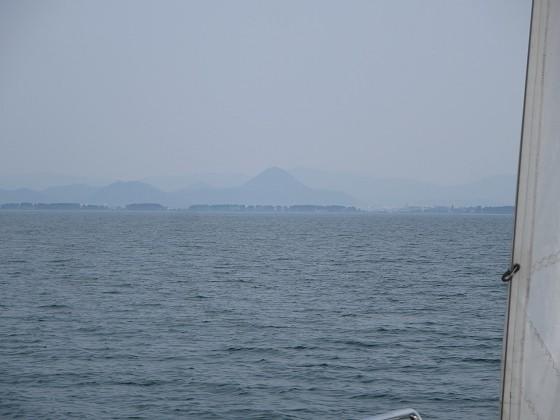 2018-05-16_1456_南の近江富士方向へ向け快走_IMG_0701_s.JPG