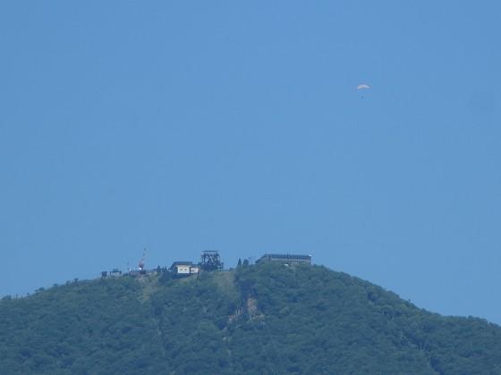 2018-06-02_1039_琵琶湖バレー上空にパラグライダーの姿_IMG_0995_s.JPG