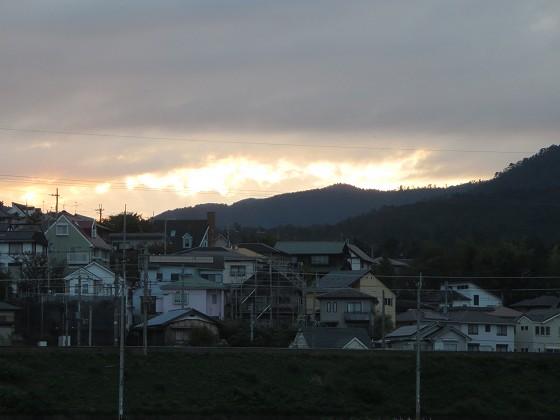 2018-10-13_1709_西の空の夕焼け雲_IMG_2094_s.JPG