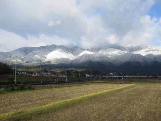 2018-12-15_0944_雪で白くなった比良の山並み_IMG_6489_s.JPG