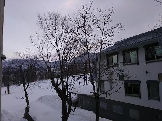 2019-02-23_0647_部屋の窓の外の様子_DSC_0134_s.JPG