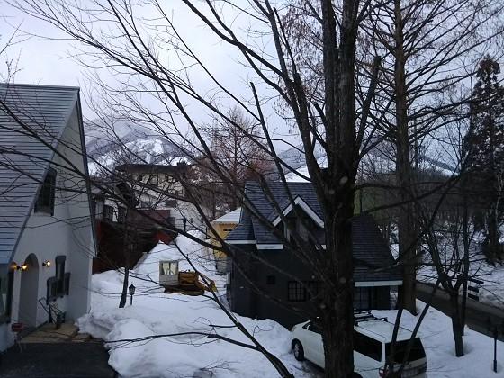 2019-02-23_0647_部屋の窓の外の様子_DSC_0135_s.JPG
