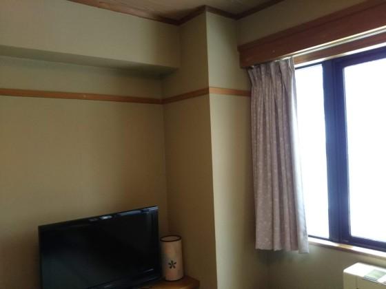 2019-02-23_1149_部屋の窓・以前縦型のクーラーがあった_DSC_0146_s.JPG