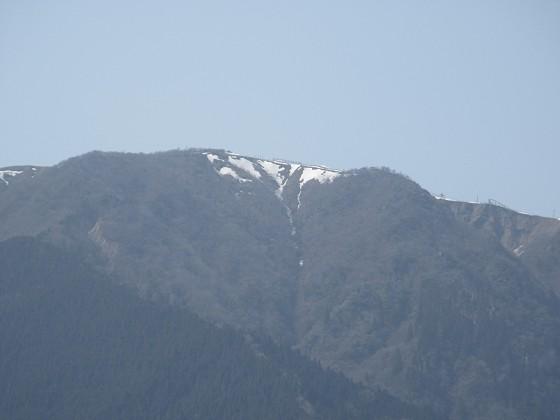 2019-04-06_1403_琵琶湖バレースキー場に残った雪_IMG_7896_s.JPG