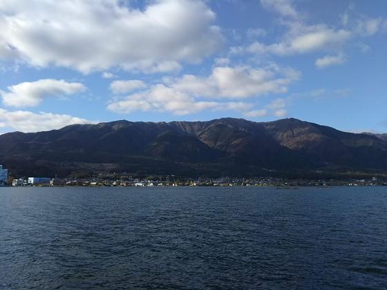 2019-11-30_1415_入港直前の比良の山並み_DSC_0171_s.jpg