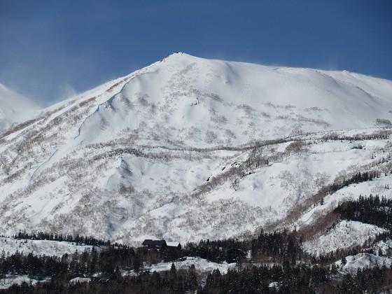 2020-01-24_1230_栂の森ゲレンデ最上部から見た白馬乗鞍岳_IMG_1883_s.JPG