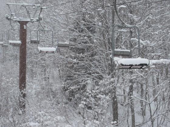 2020-01-31_1511_ハンの木第2リフトに積もった雪_IMG_2172_s.JPG