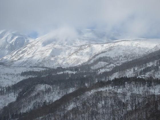 2020-02-02_1447_栂の森ゲレンデ最上部から見た白馬乗鞍岳と天狗原_IMG_2274_s.JPG
