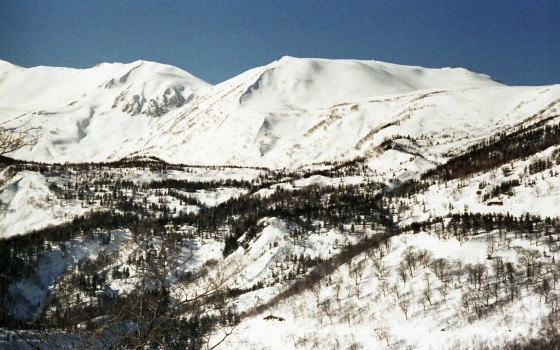 馬の背コース最上部から見た白馬乗鞍岳