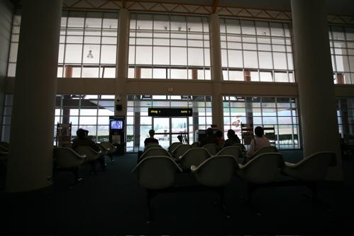 メーホーソン空港のロビー2