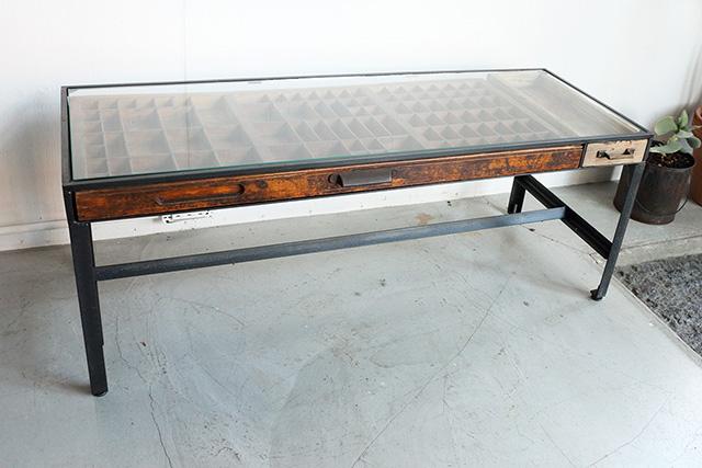 プリンタートレイテーブル
