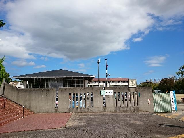 内町小学校