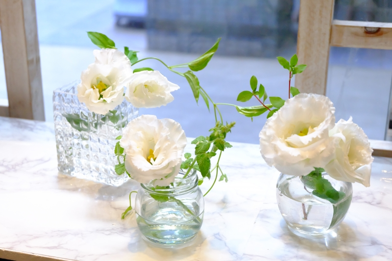 トルコキキョウ花瓶