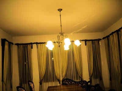 旧神谷伝兵衛稲毛別荘の1階の洋室の画像