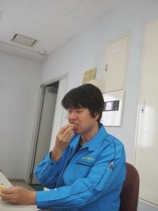 博多旅情食べる瀧口さん