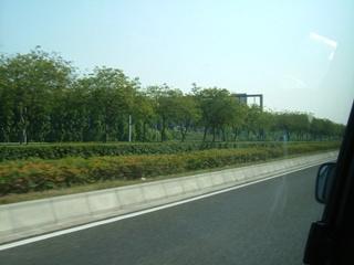 広州空港からの道
