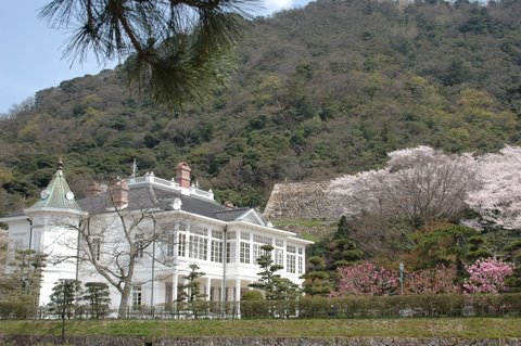 仁風閣と桜