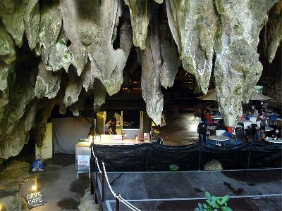 Cave Cafe1