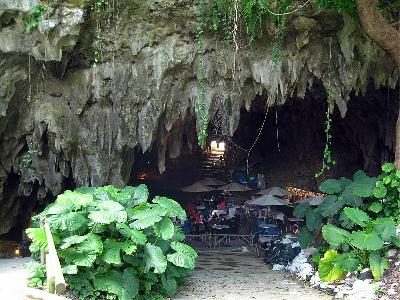 Cave Cafe2