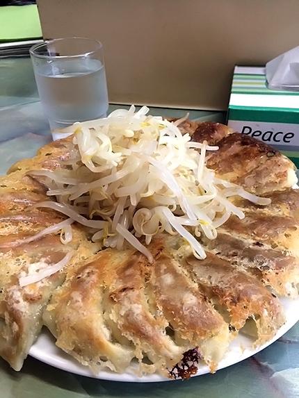 本場で楽しむ浜松餃子