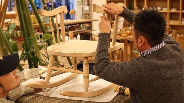 info_chair.jpg