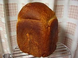 味噌にんにく食パン