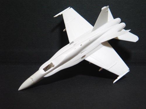 F-18/01