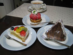 コートドールのケーキ3種