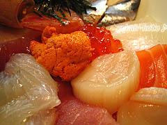 海鮮丼-具のアップ