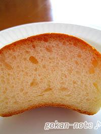 牛乳パン-断面.jpg
