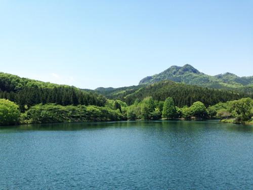 古賀志山と赤川ダム