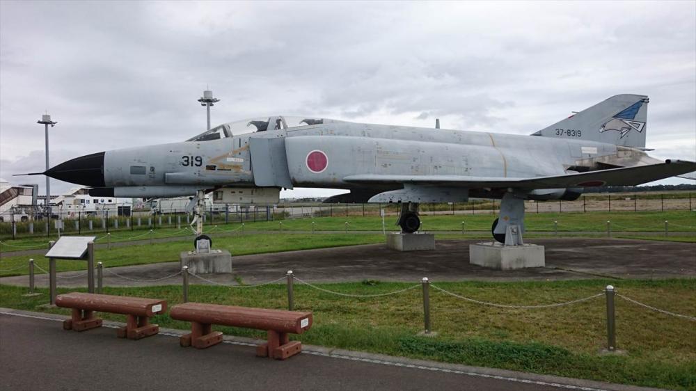 RF-4EJ戦術偵察機�_R.JPG
