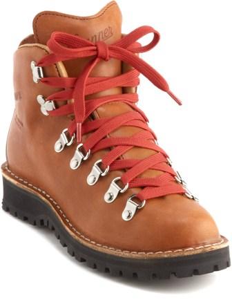 シェリルが履いていたダナーの登山ブーツ