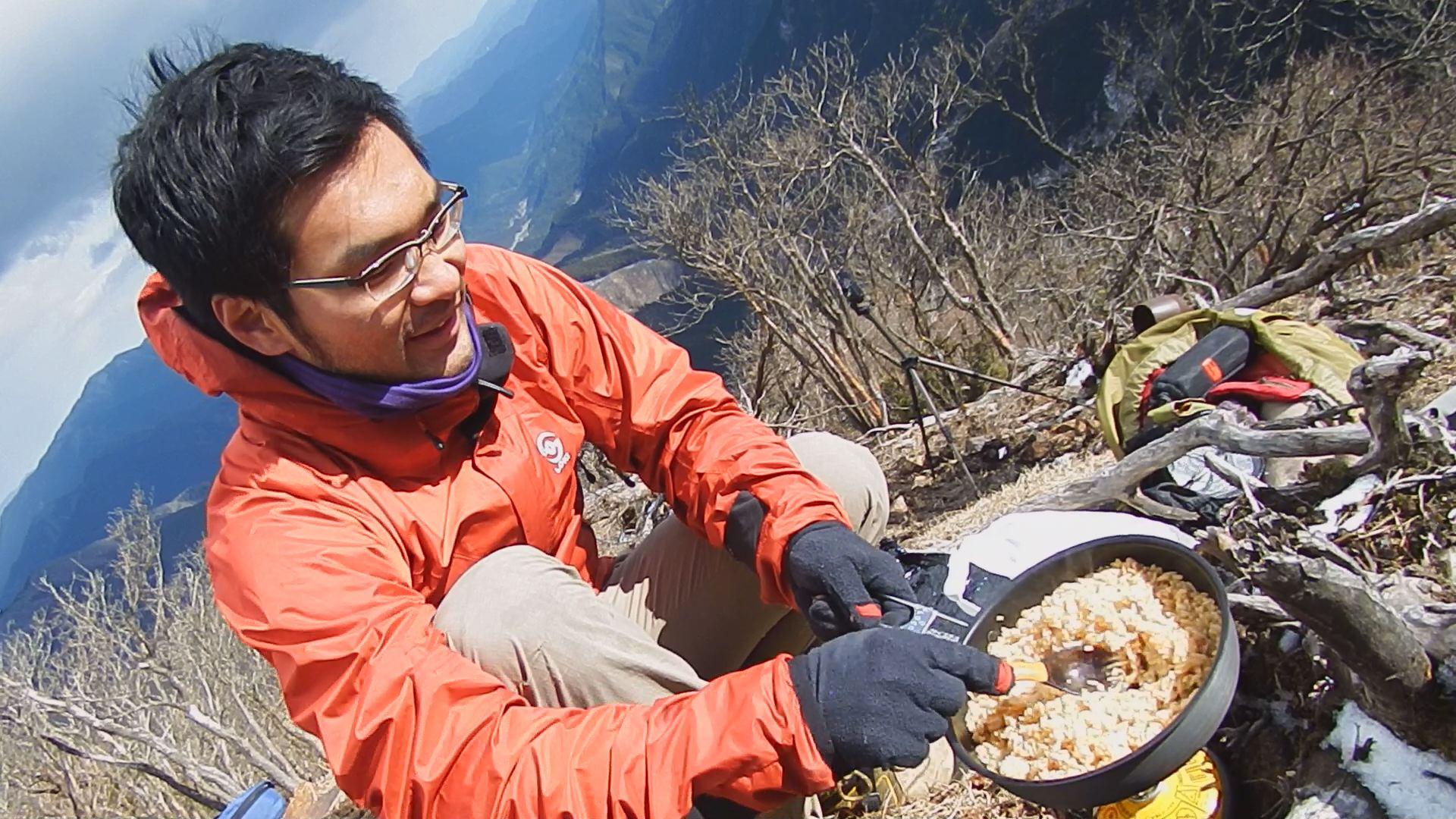 登山で冷凍食