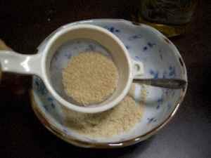 米ぬかをこしてみる。