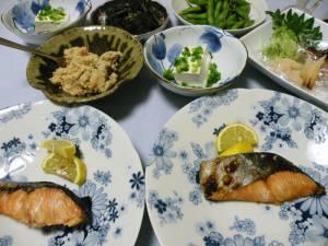 北海道産時鮭、ふっくらしてグーです