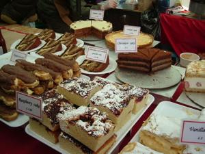 Londonの、あるマーケットでの手作りケーキ店
