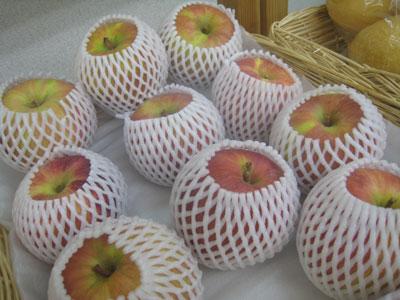 久保内さんのリンゴ