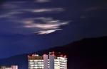 名草山の月
