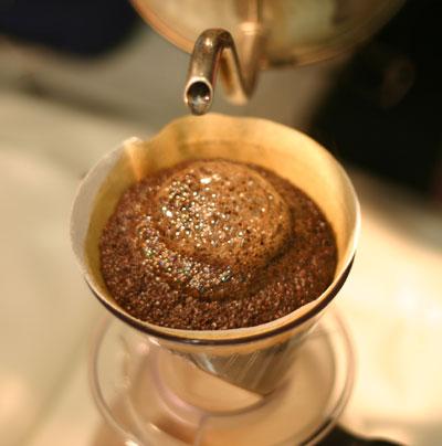 焼きたてコーヒー豆