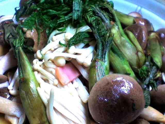 山菜のポン酢蒸し