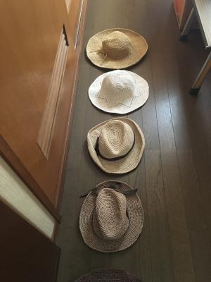 夏のかぎ針帽子たち。