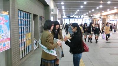 外国の方にもさすが英語科!英語で対応しました。