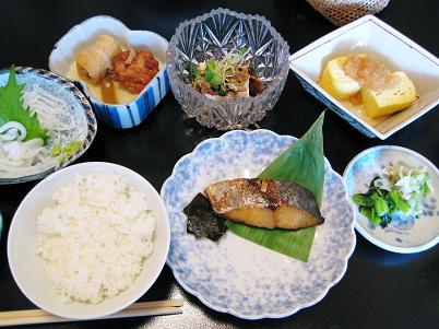 朝食3岩崎
