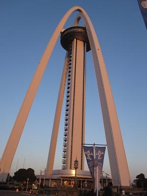 138タワー夕方