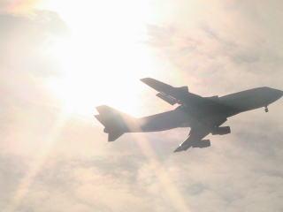 東京湾の飛行機