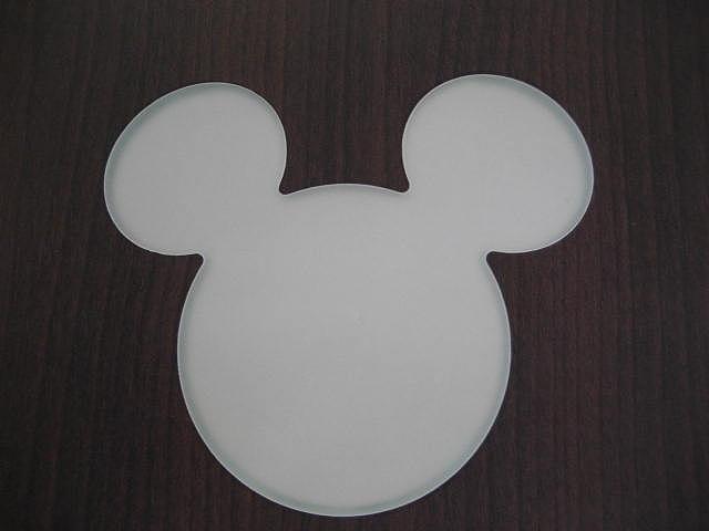 おいでよ、夢の暮らしへ・・朝も夜もくつろぎの時も、大好きなミッキーマウスと一緒なら毎日がまるで冒険の世界。夢の暮らしをかなえるミッキーマウスシルエット内装