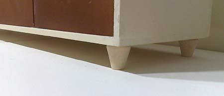 ミニディスク用引き出しの脚のアップ