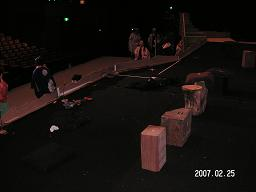 舞台装置幽霊組立ち位置から