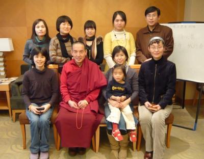 チベット族お坊さんに話を伺う